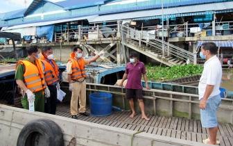 Tuần tra kiểm soát, tuyên truyền phòng, chống dịch COVID-19 trên tuyến đường thủy nội địa khu vực sông Châu Đốc