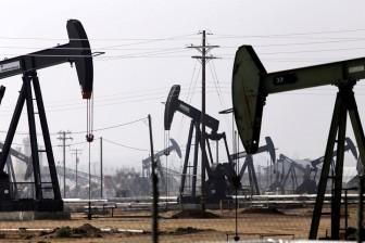 Giá dầu thô thế giới tăng mạnh, hướng đến mốc 90 USD/thùng