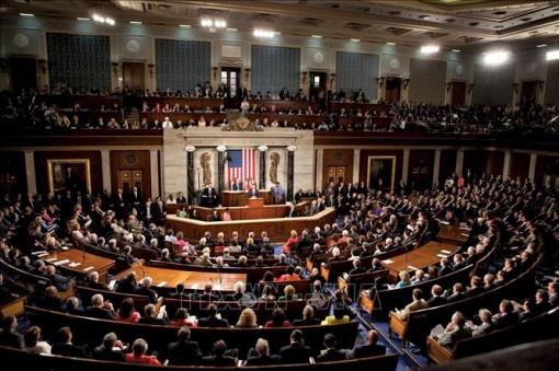 Quốc hội Mỹ thông qua dự luật ngăn chặn khả năng đóng cửa chính phủ
