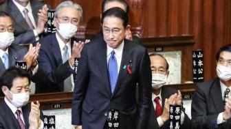 Tân Thủ tướng Nhật Bản Fumio Kishida và Nội các tuyên thệ nhậm chức
