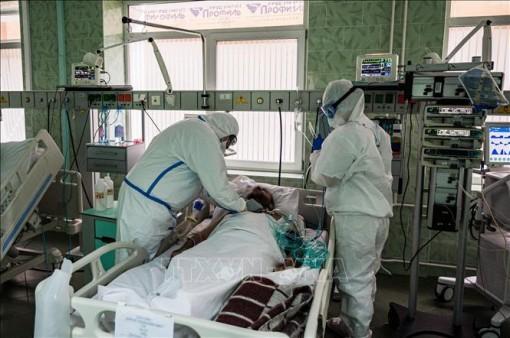 Nga tiếp tục ghi nhận số ca tử vong do COVID-19 ở mức cao