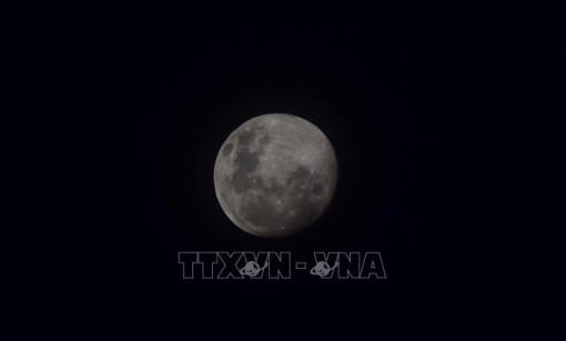 Phát hiện mới giúp làm sáng tỏ sự tiến hóa của Mặt Trăng