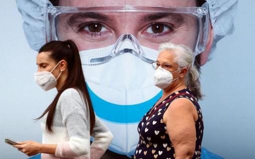 Đại dịch COVID-19 vẫn diễn biến phức tạp ở châu Âu