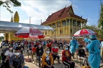 Thủ đô Phnom Penh siết chặt quy định phòng dịch COVID-19