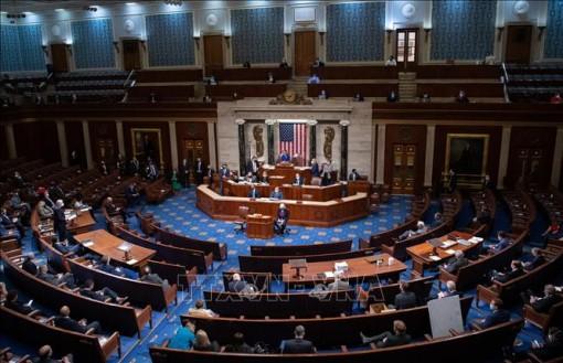 Hạ viện Mỹ thông qua dự luật tạm nâng trần nợ công quốc gia