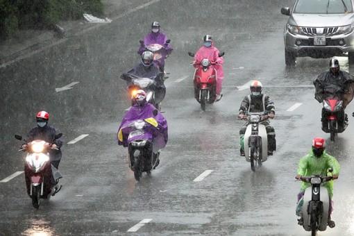 Thời tiết ngày 15-10: Không khí lạnh tăng cường gây mưa to ở Bắc Bộ và Trung Bộ, trời lạnh