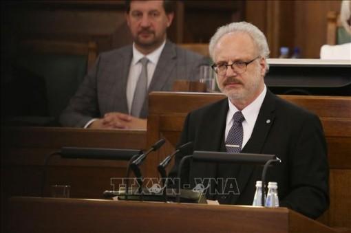 Tổng thống Latvia mắc COVID-19 sau chuyến công du Bắc Âu