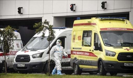 Nga: Kỷ lục kép về COVID-19, hơn 1.000 người chết trong 24 giờ