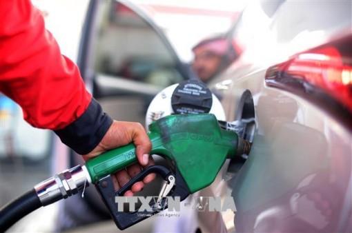 Giá nhiên liệu ở Ấn Độ tiếp tục tăng cao