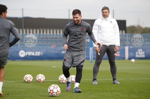 PSG vs RB Leipzig: Messi chói lòa ở Champions League
