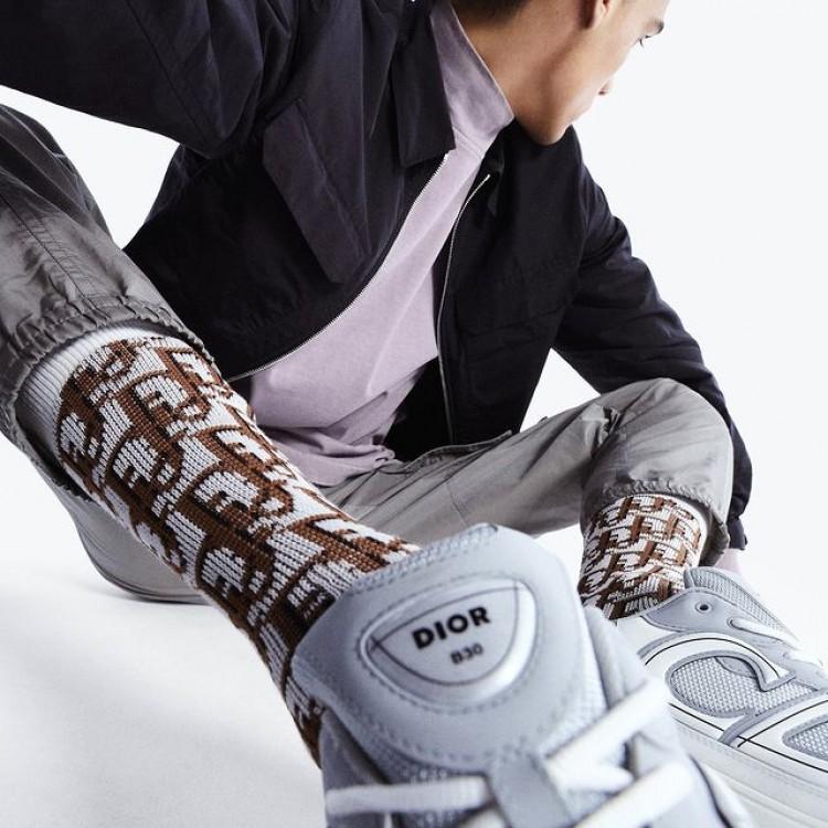 Dior ra mắt đôi giày sneaker đình đám mới nhất