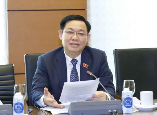 Ngày 21-10, Quốc hội thảo luận về kinh tế - xã hội và hai dự án Luật