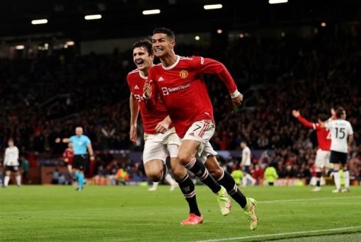 Ronaldo tỏa sáng, Man Utd ngược dòng hạ Atalanta