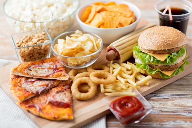 Từ bỏ 3 loại thức ăn giúp giảm 80% nguy cơ đột quỵ