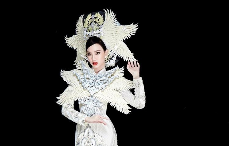 Miss Intercontinental: Ngắm trang phục dân tộc nặng 30kg của Ái Nhi