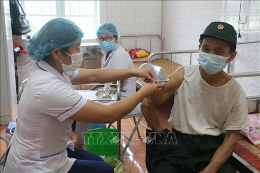 Ngày 24-10, Việt Nam ghi nhận 4.045 ca nhiễm mới SARS-CoV-2, tăng so với ngày trước đó