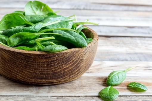 Ăn cải bó xôi thường xuyên giúp ngừa ung thư ruột già