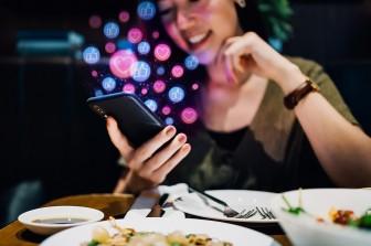 4 cách tránh bị tổn thương khi hẹn hò online