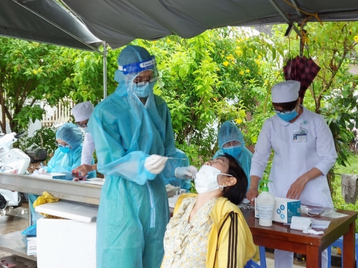 Chủ tịch UBND tỉnh An Giang chỉ đạo tăng cường giám sát và kiểm soát hiệu quả dịch COVID-19