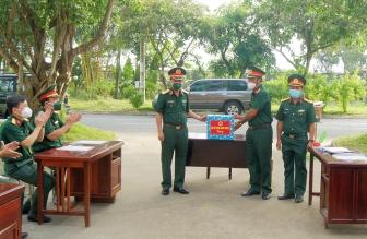 Bộ Tư lệnh Quân Khu 9 thăm và động viên cán bộ, chiến sĩ Trung tâm Điều trị COVID-19 (Trung đoàn Bộ binh 892)