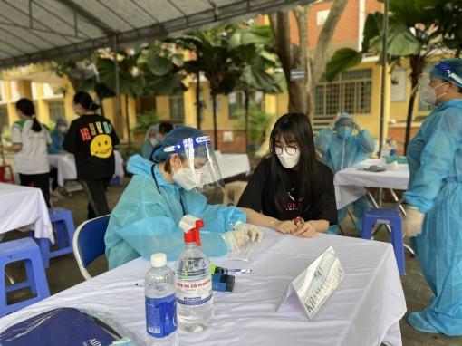 TP Hồ Chí Minh bắt đầu tiêm vaccine phòng COVID-19 cho trẻ em