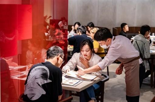 TP.HCM chính thức cho nhà hàng, quán ăn phục vụ khách tại chỗ từ ngày 28-10