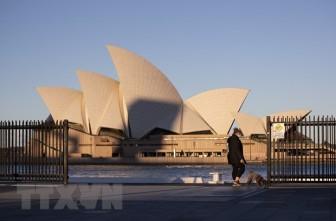 Dịch COVID-19: Australia nới lỏng khuyến cáo đi lại ra nước ngoài