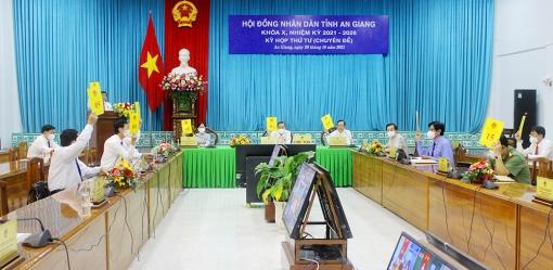 Kỳ họp thứ 4, HĐND tỉnh An Giang khóa X thông qua 6 nghị quyết thuộc lĩnh vực kinh tế - ngân sách, văn hóa – xã hội